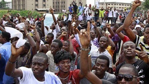 Students give FG two weeks to announce date